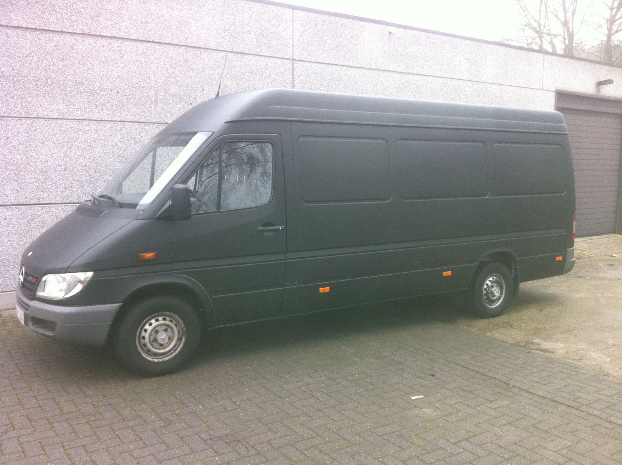 Mercedes Sprinter met Mat Zwarte Wrap, Carwrapping door Wrapmyride.nu Foto-nr:6368, ©2020