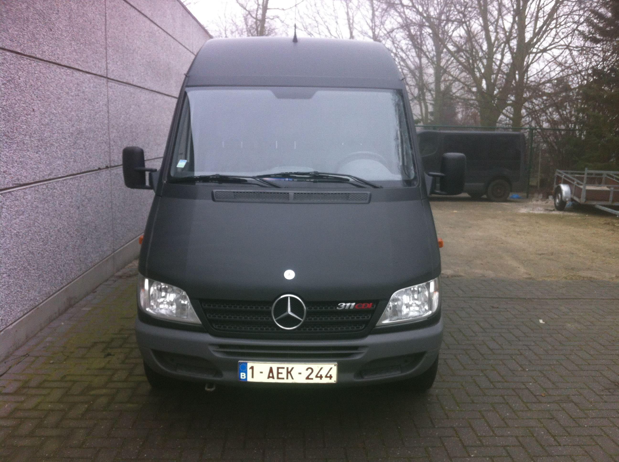 Mercedes Sprinter met Mat Zwarte Wrap, Carwrapping door Wrapmyride.nu Foto-nr:6370, ©2020