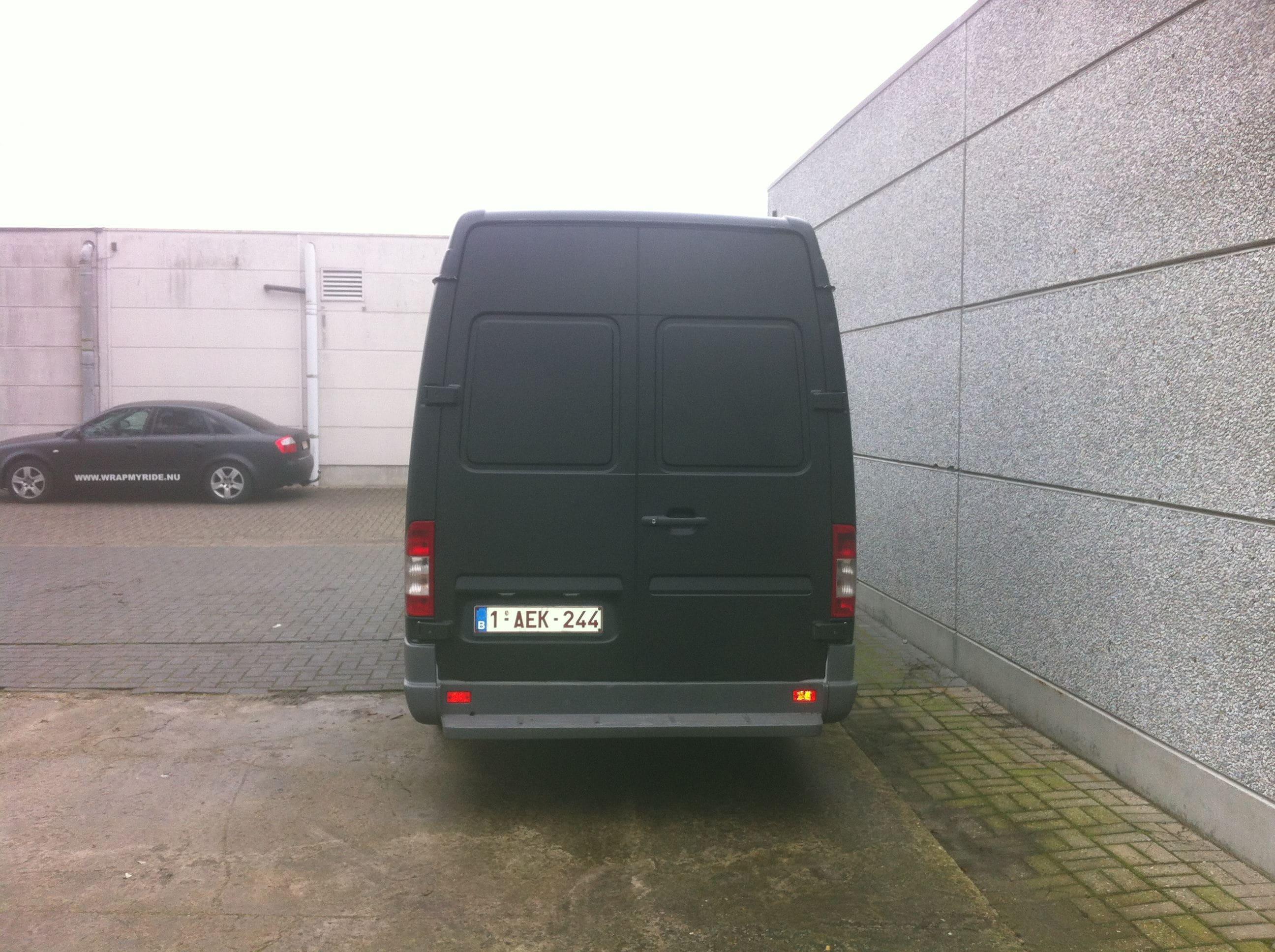 Mercedes Sprinter met Mat Zwarte Wrap, Carwrapping door Wrapmyride.nu Foto-nr:6372, ©2020