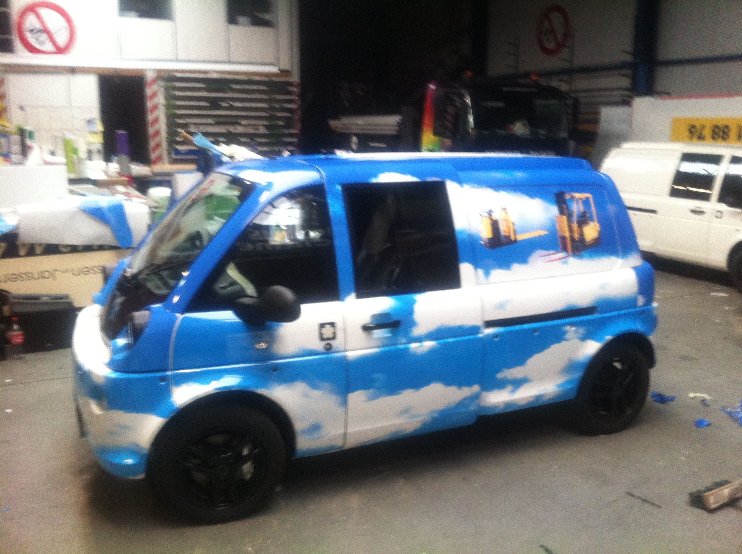 Mia Electrowagen met Full Color Wrap, Carwrapping door Wrapmyride.nu Foto-nr:6364, ©2021