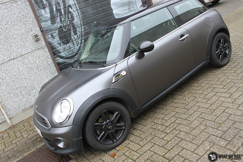 mini cooper one satin dark grey, Carwrapping door Wrapmyride.nu Foto-nr:10451, ©2021