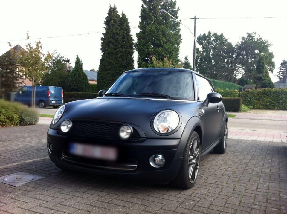 Mini met een Dull Black Wrap, Carwrapping door Wrapmyride.nu Foto-nr:6417, ©2021