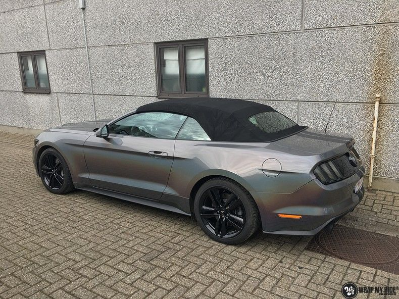 Mustang 2017 3M gloss flip psychedelic, Carwrapping door Wrapmyride.nu Foto-nr:11458, ©2018
