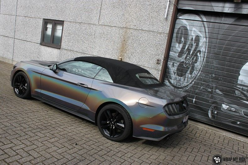 Mustang 2017 3M gloss flip psychedelic, Carwrapping door Wrapmyride.nu Foto-nr:11459, ©2018