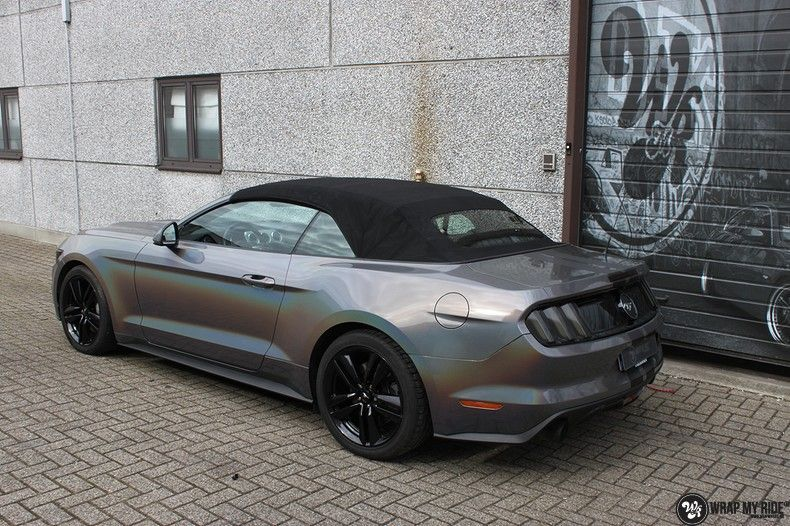 Mustang 2017 3M gloss flip psychedelic, Carwrapping door Wrapmyride.nu Foto-nr:11460, ©2018