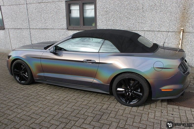 Mustang 2017 3M gloss flip psychedelic, Carwrapping door Wrapmyride.nu Foto-nr:11478, ©2018