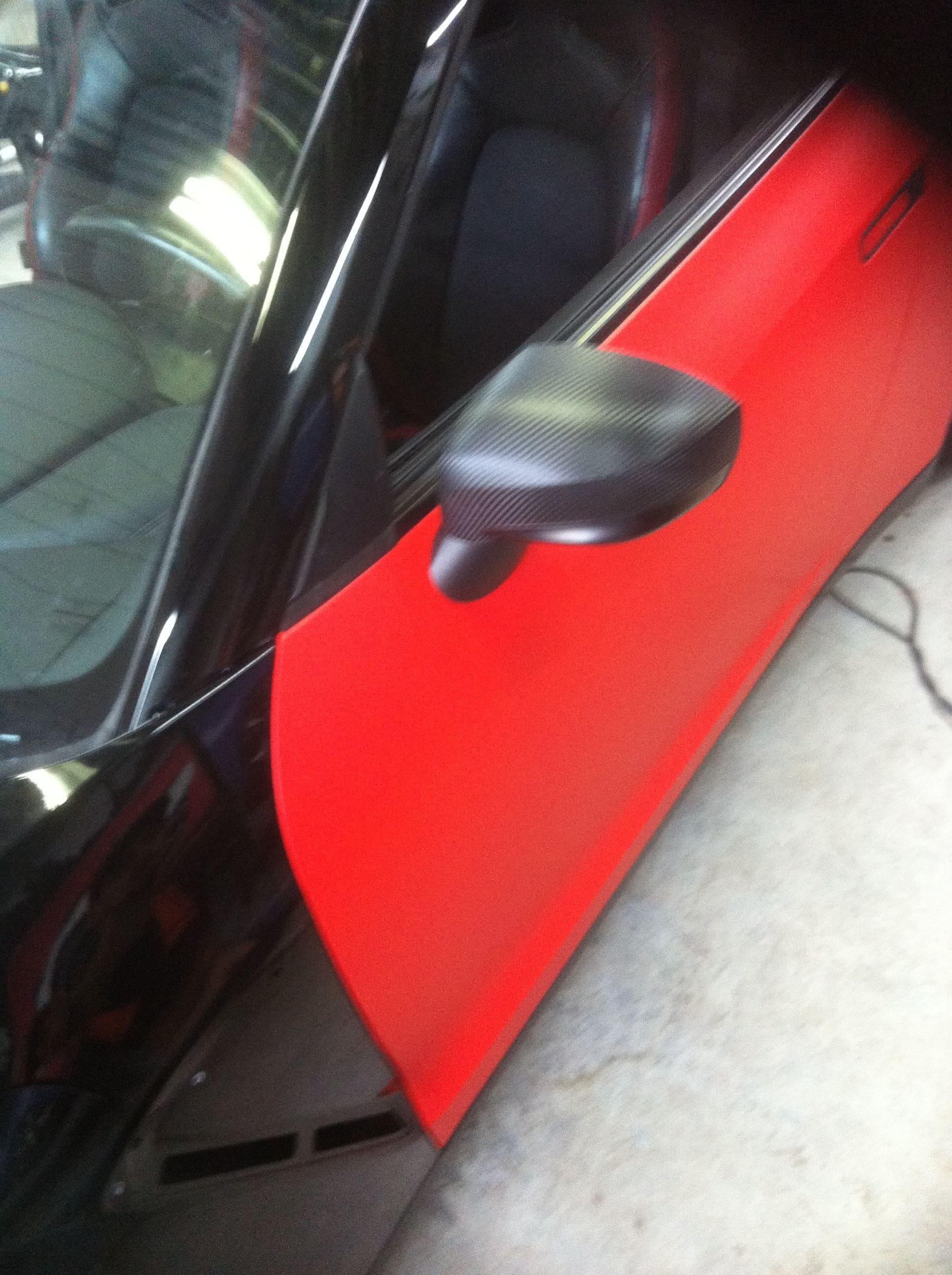 Nissan GT-R in Hotrod Rode Wrap, Carwrapping door Wrapmyride.nu Foto-nr:6494, ©2020