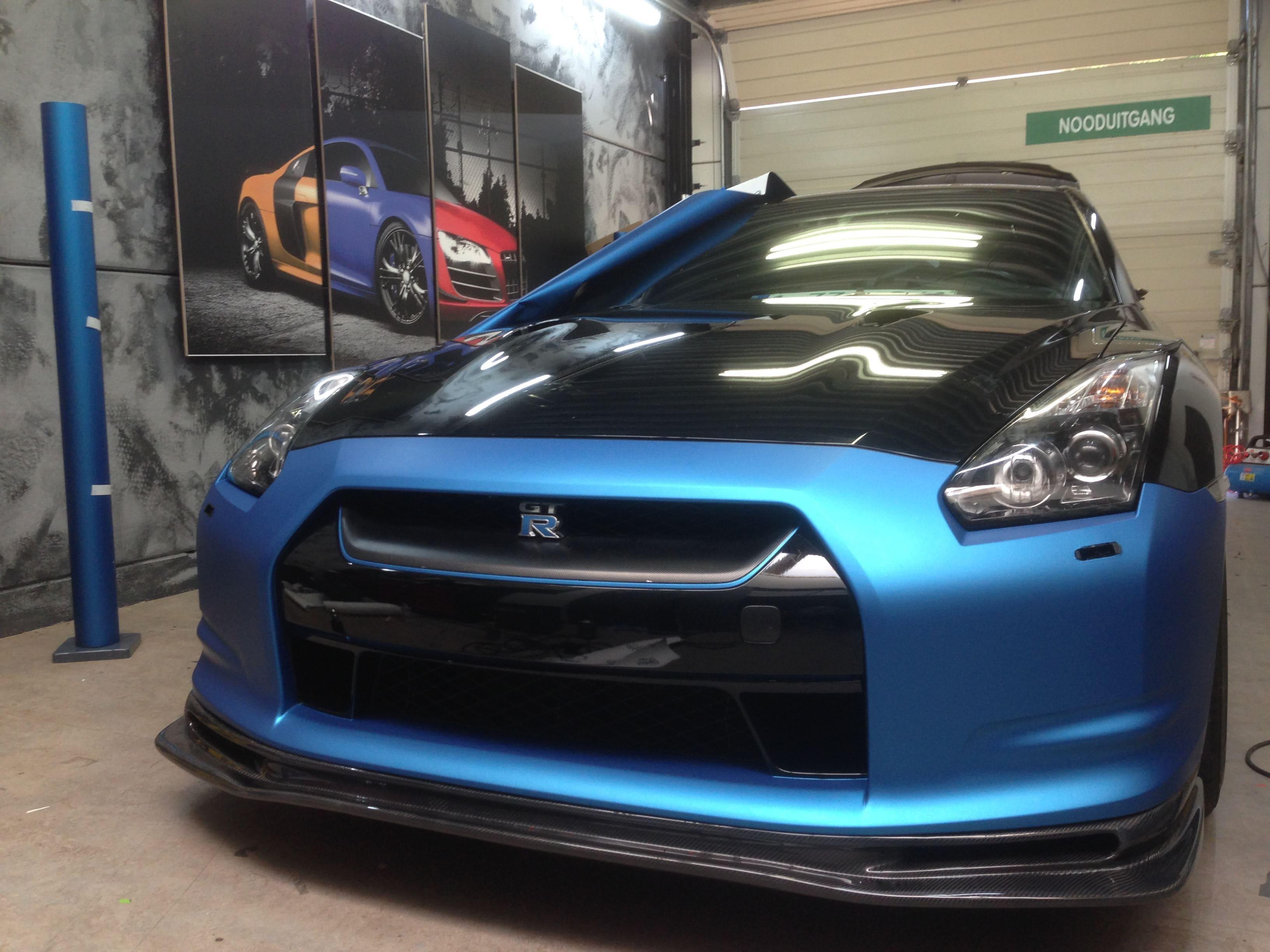 Nissan GT-R in Mat Blauwe Wrap, Carwrapping door Wrapmyride.nu Foto-nr:6513, ©2020