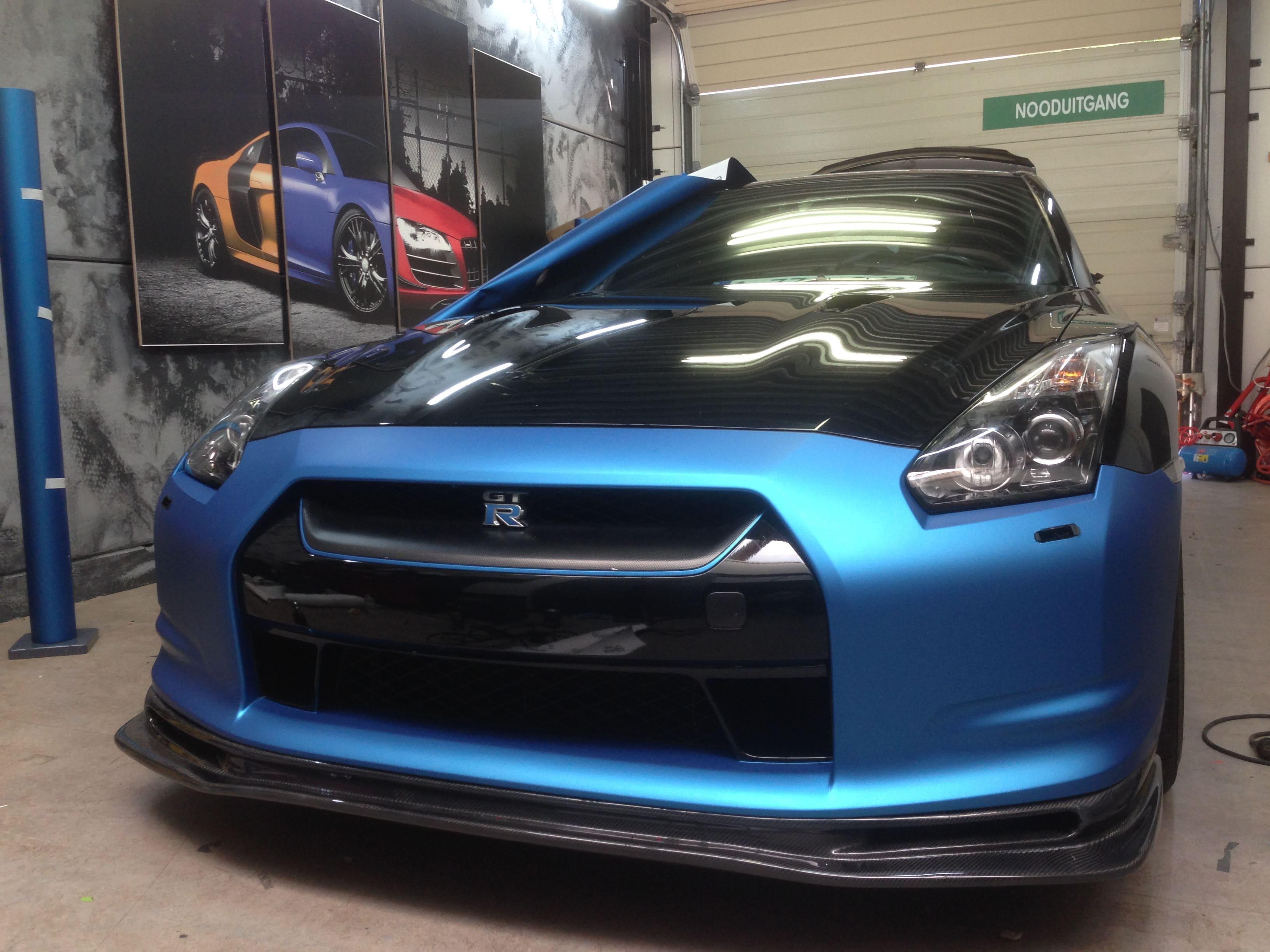 Nissan GT-R in Mat Blauwe Wrap, Carwrapping door Wrapmyride.nu Foto-nr:6514, ©2020