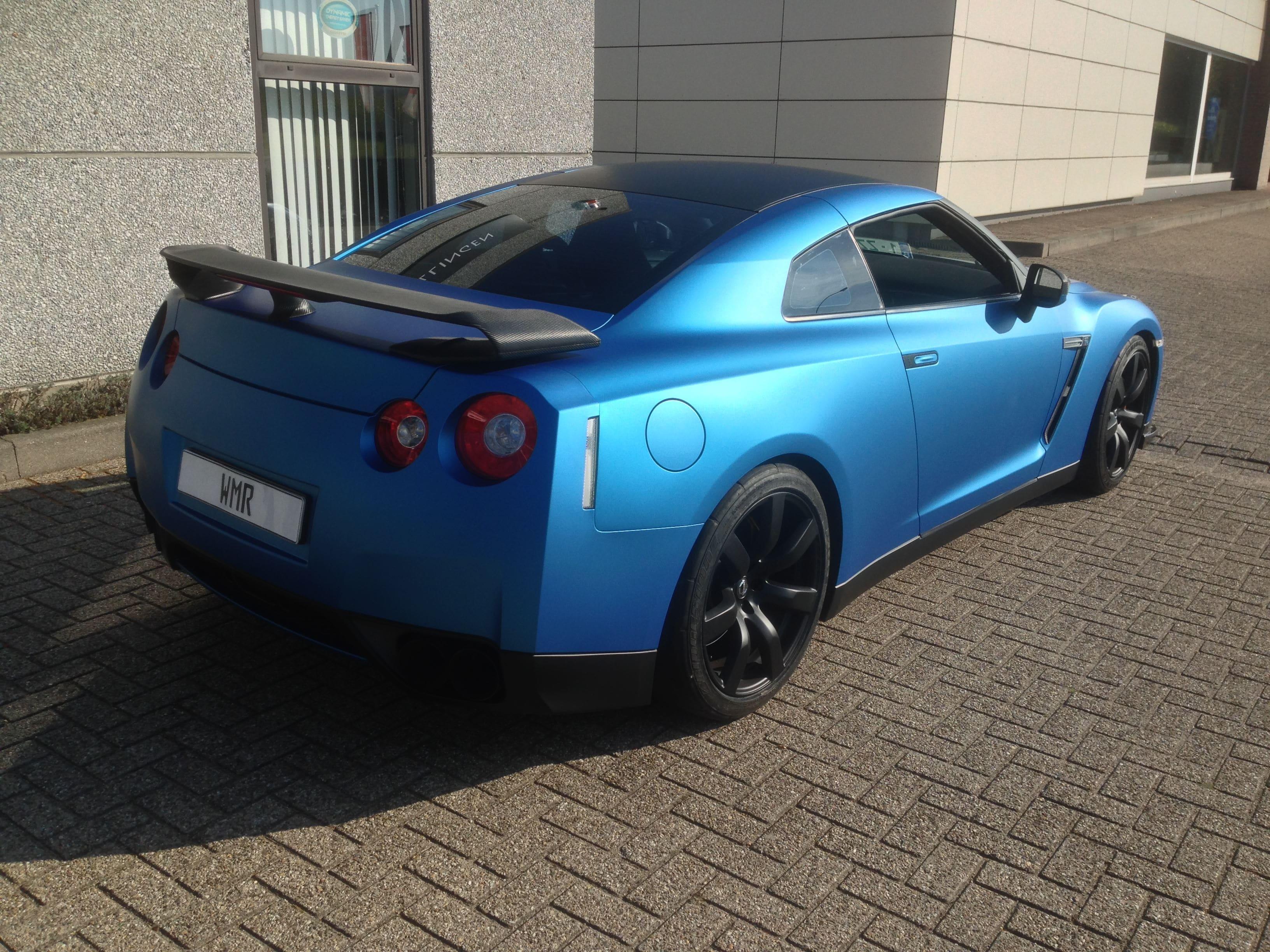 Nissan GT-R in Mat Blauwe Wrap, Carwrapping door Wrapmyride.nu Foto-nr:6537, ©2021