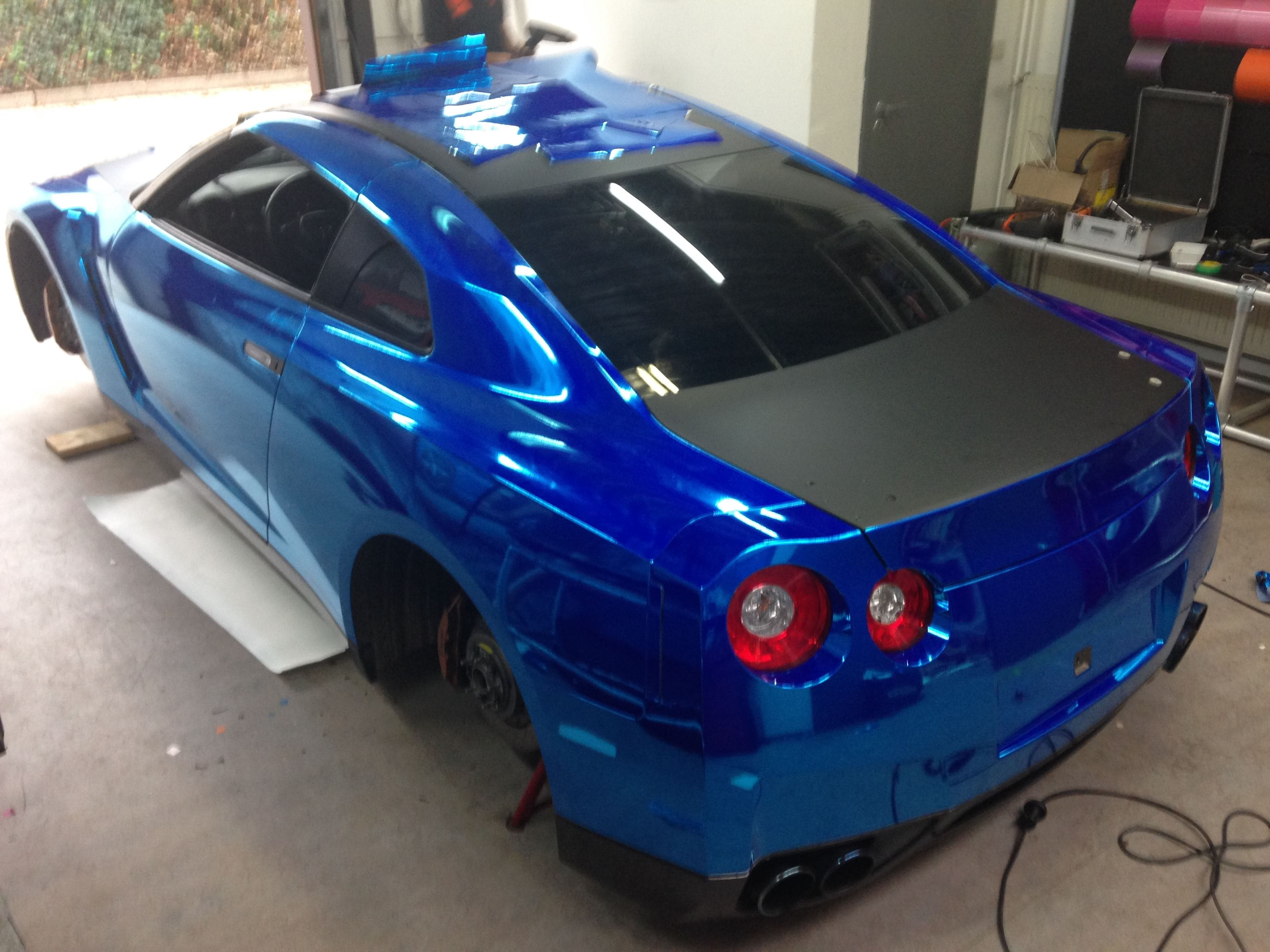 Nissan GT-R met Blue Chrome Wrap, Carwrapping door Wrapmyride.nu Foto-nr:6460, ©2020