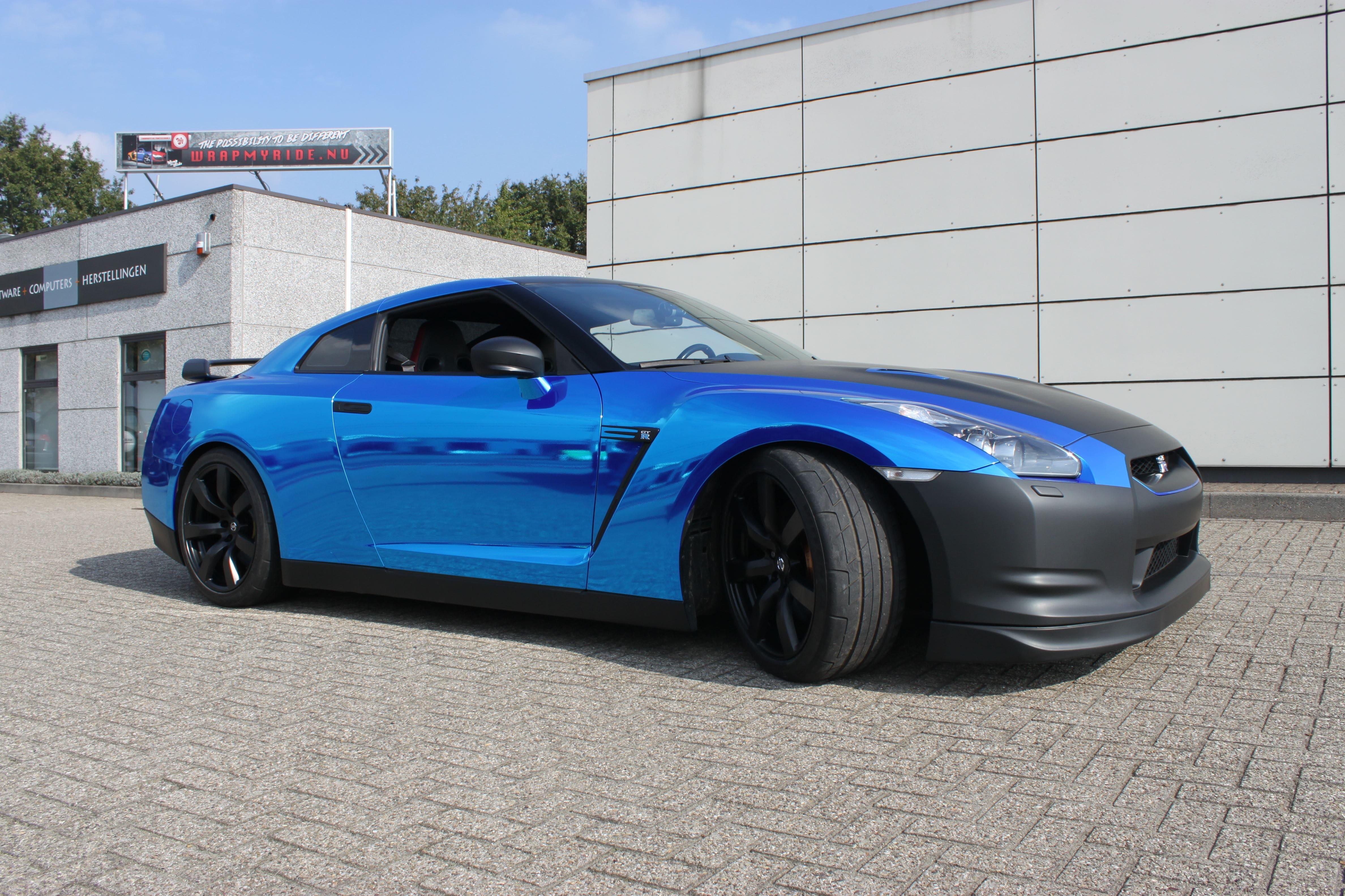 Nissan GT-R met Blue Chrome Wrap, Carwrapping door Wrapmyride.nu Foto-nr:6476, ©2021