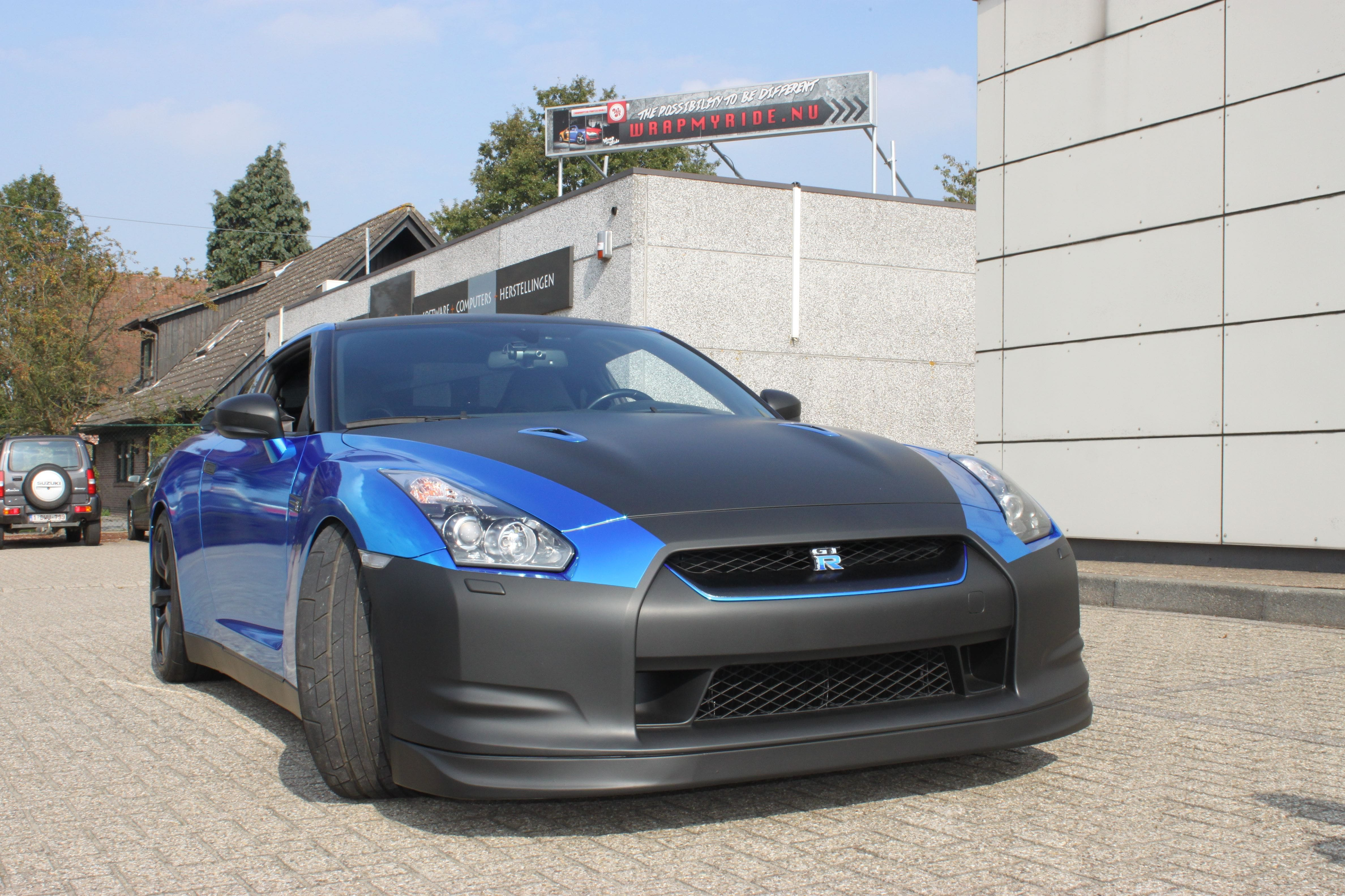 Nissan GT-R met Blue Chrome Wrap, Carwrapping door Wrapmyride.nu Foto-nr:6477, ©2021