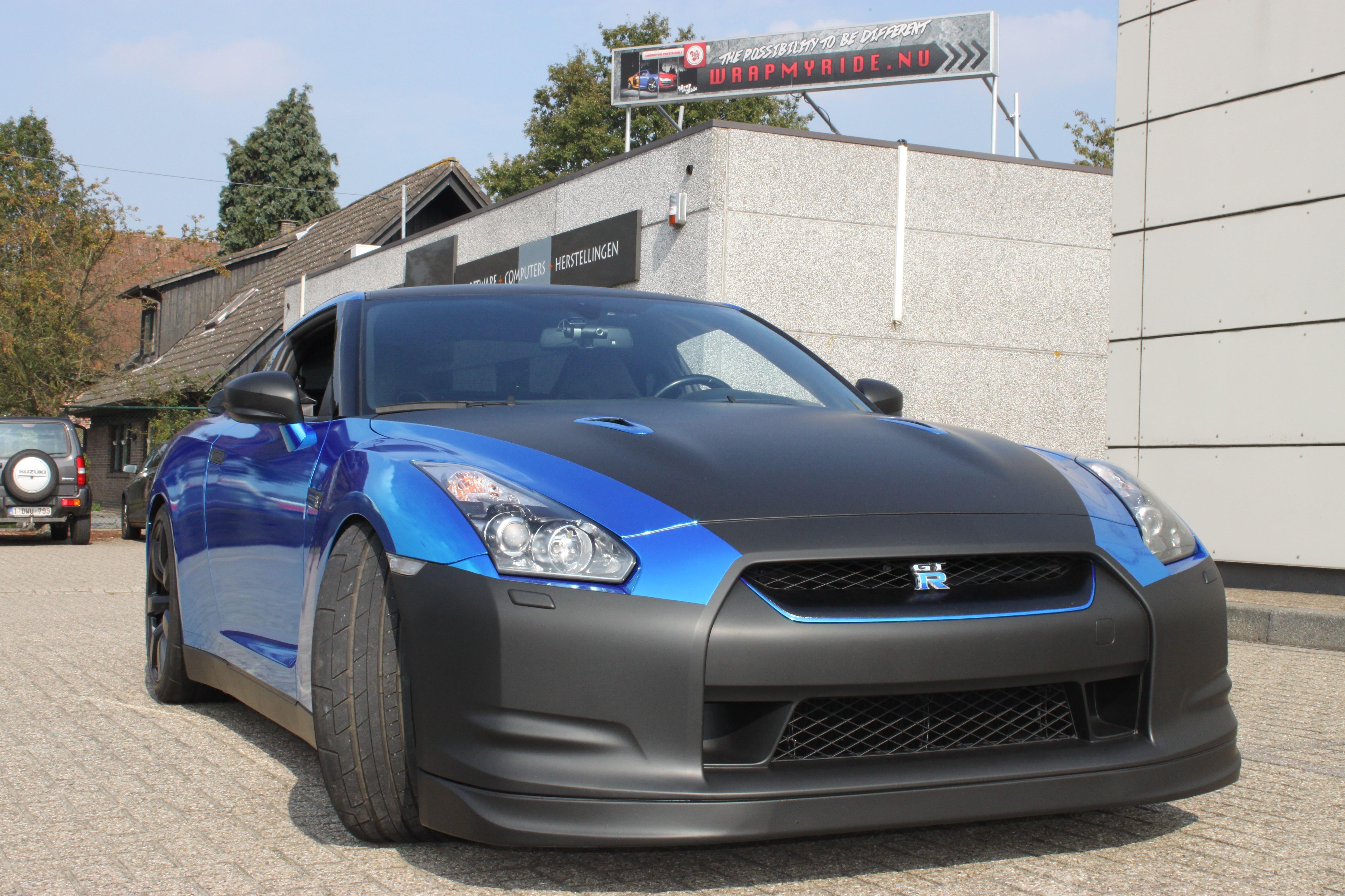 Nissan GT-R met Blue Chrome Wrap, Carwrapping door Wrapmyride.nu Foto-nr:6478, ©2021