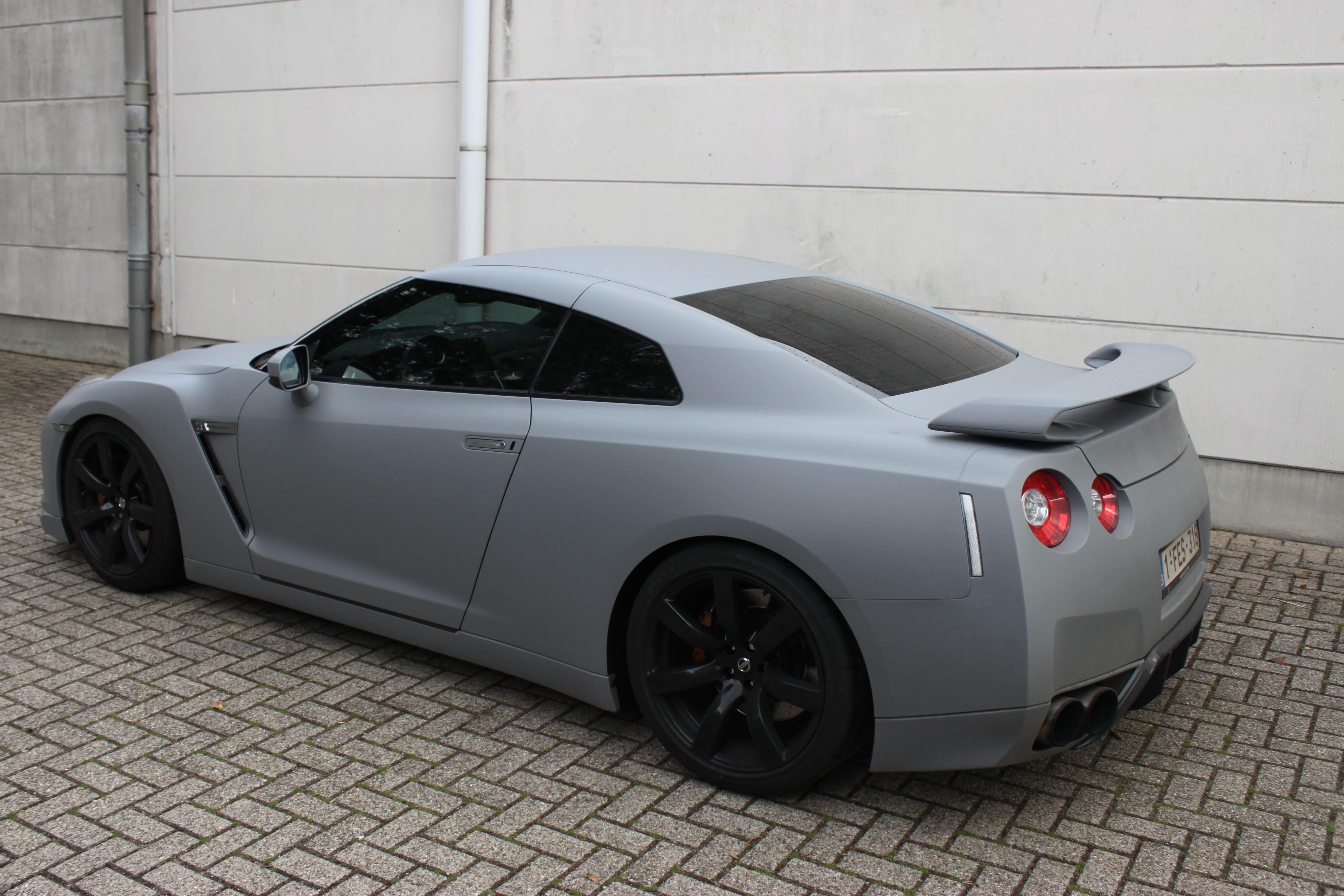 Nissan GT-R met Mat Grijze Wrap, Carwrapping door Wrapmyride.nu Foto-nr:6561, ©2021
