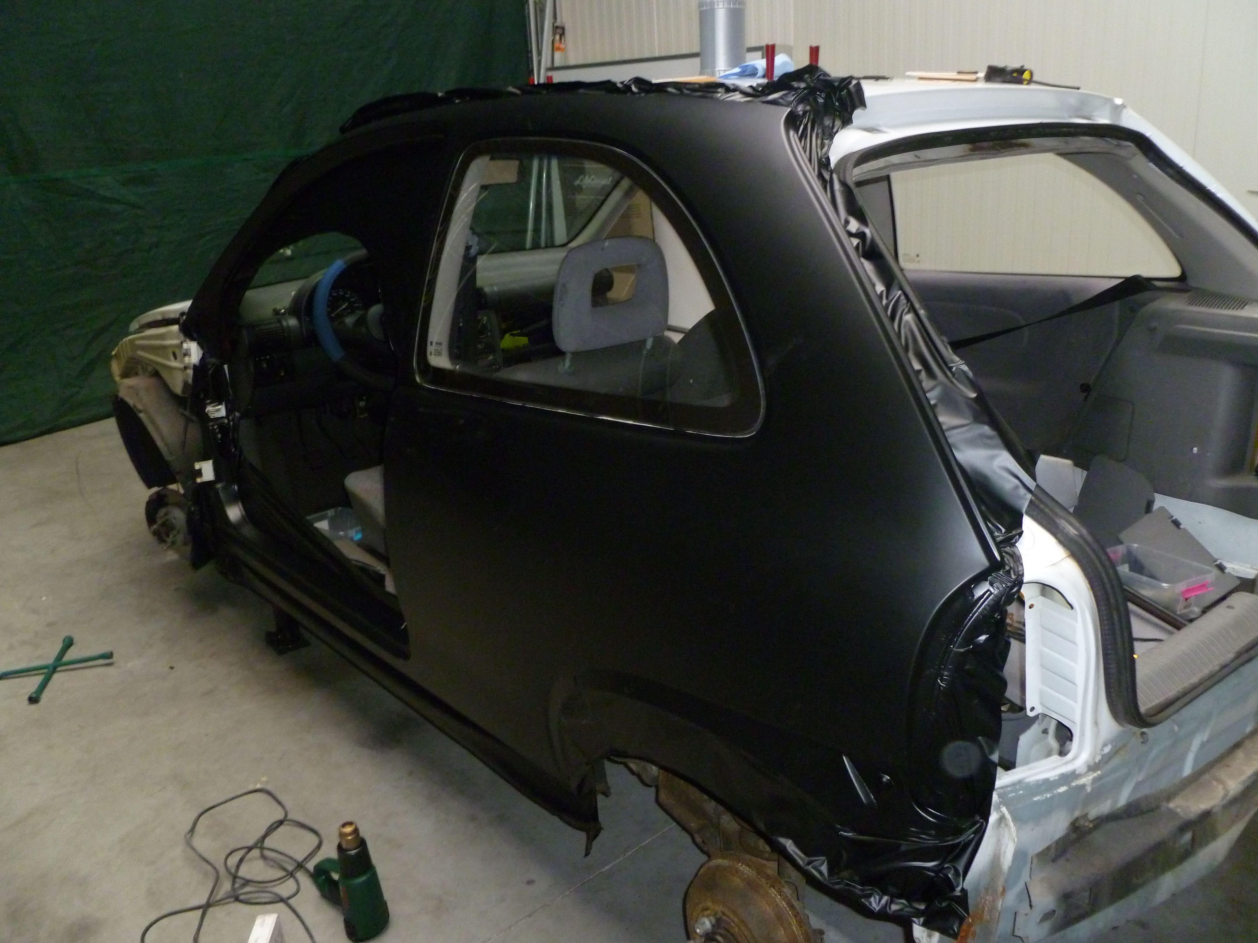 Opel Corsa B met Zwart Paarse Striping, Carwrapping door Wrapmyride.nu Foto-nr:6623, ©2020