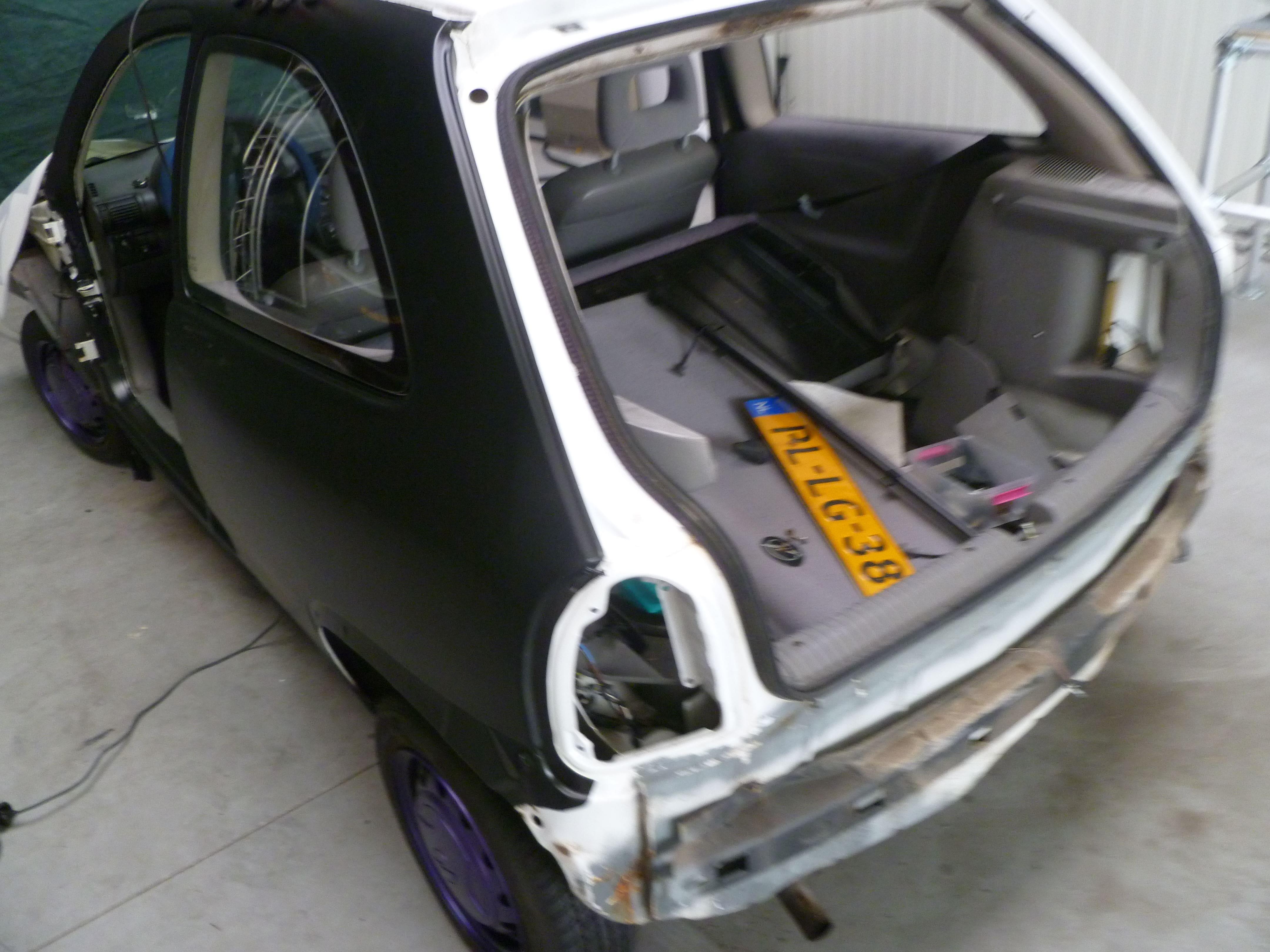 Opel Corsa B met Zwart Paarse Striping, Carwrapping door Wrapmyride.nu Foto-nr:6624, ©2020