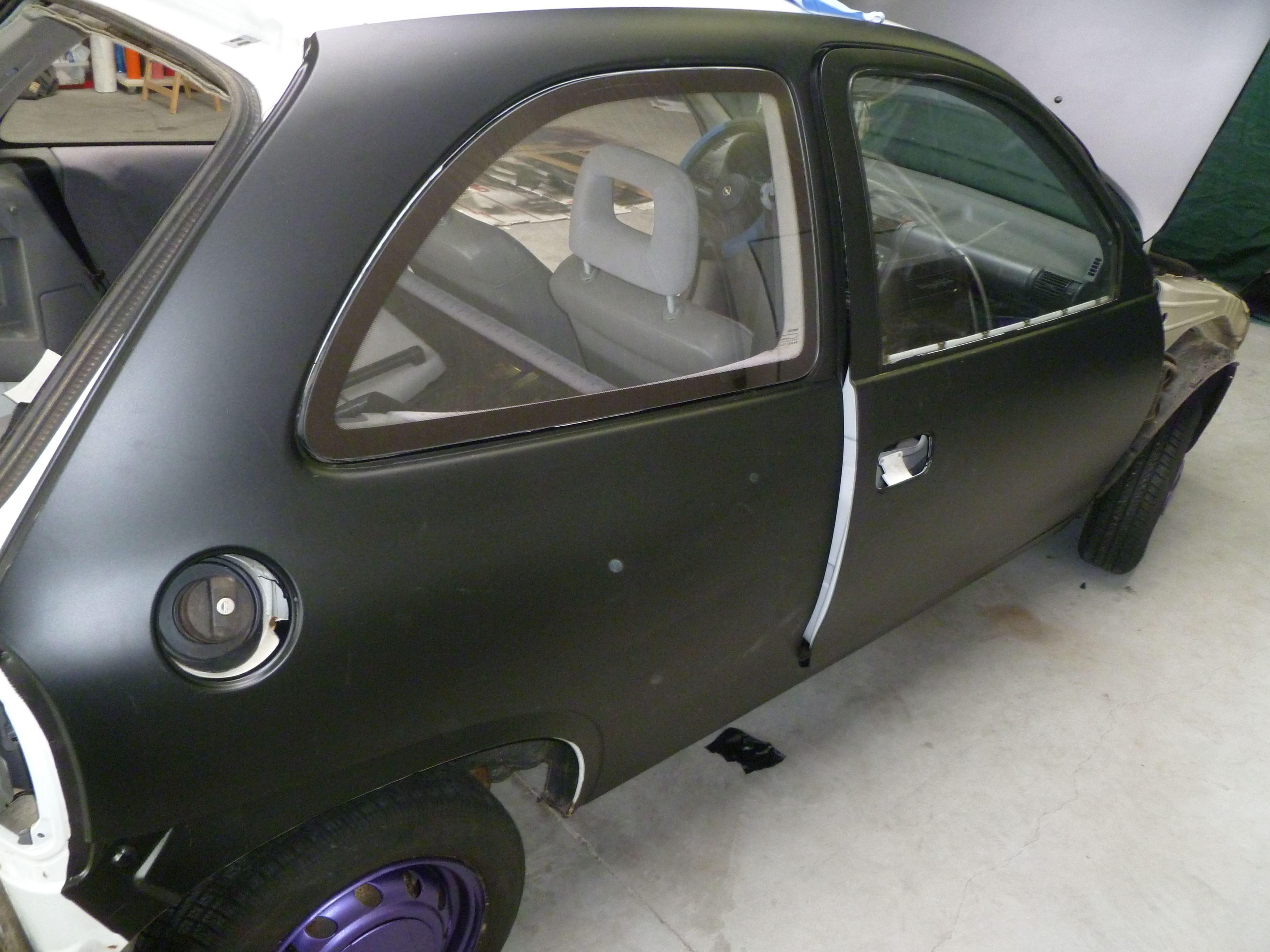 Opel Corsa B met Zwart Paarse Striping, Carwrapping door Wrapmyride.nu Foto-nr:6627, ©2020
