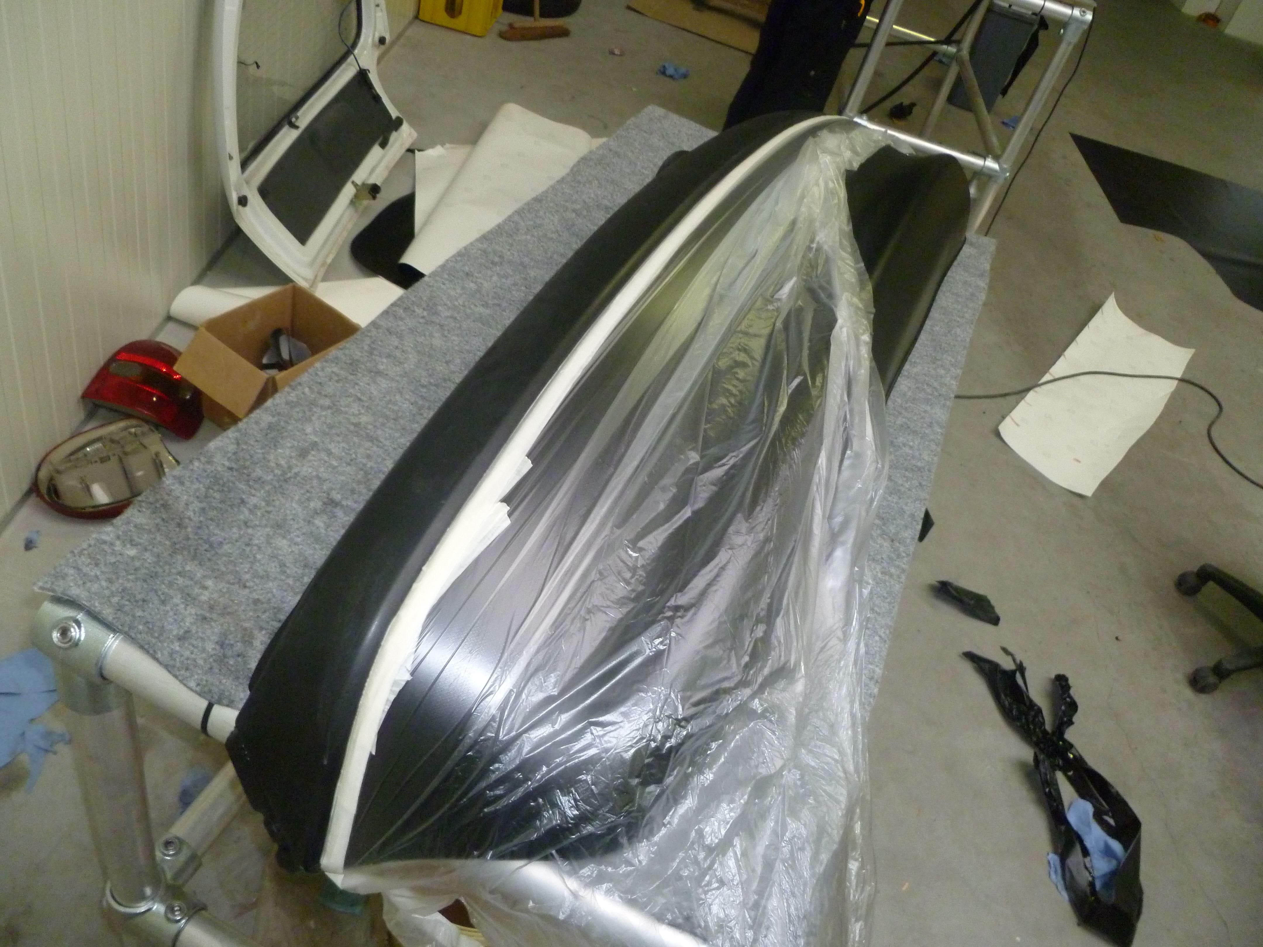 Opel Corsa B met Zwart Paarse Striping, Carwrapping door Wrapmyride.nu Foto-nr:6629, ©2020