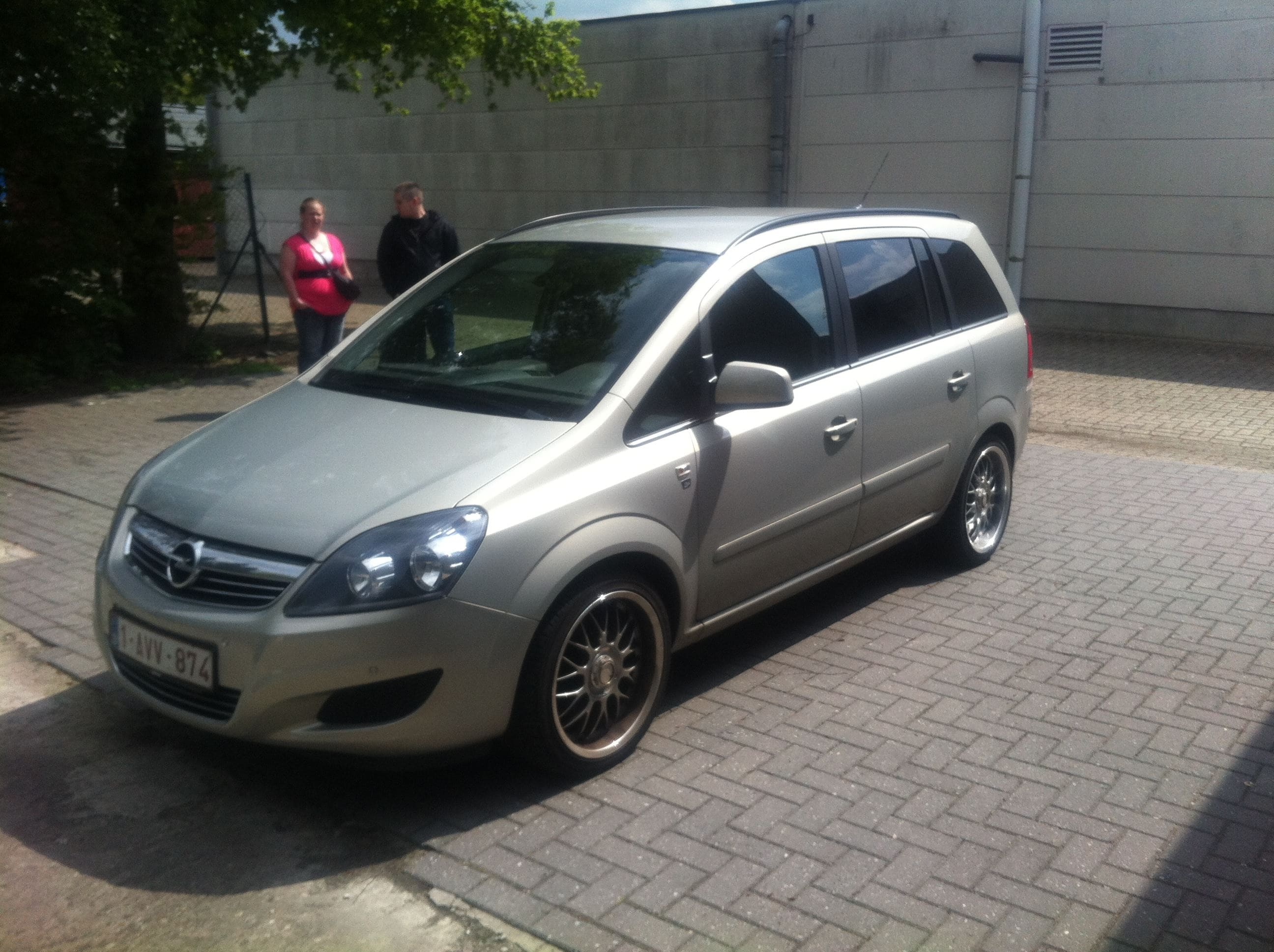 Opel Zafira met Two-Tone Wrap, Carwrapping door Wrapmyride.nu Foto-nr:6663, ©2021