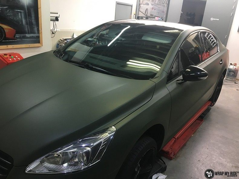 Peugeot 508 3m matte military green, Carwrapping door Wrapmyride.nu Foto-nr:11357, ©2020