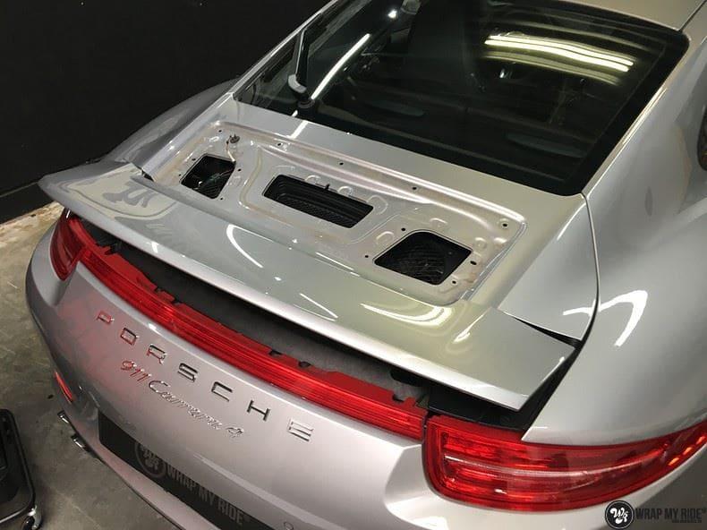 Porsche 997 Satin White Aluminium, Carwrapping door Wrapmyride.nu Foto-nr:9677, ©2018