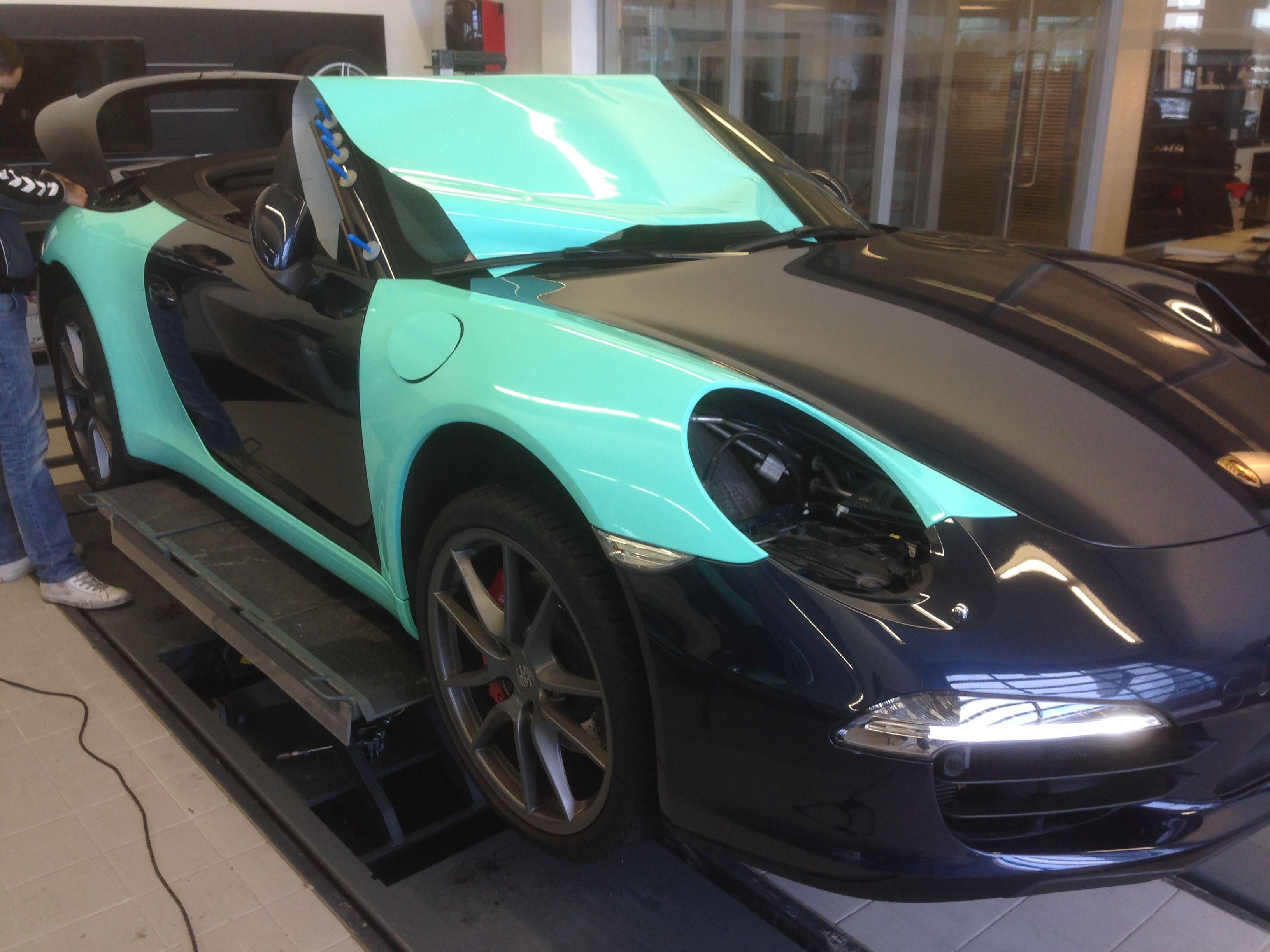 Porsche Carrera Turbo S Cabrio met Mint Green Wrap, Carwrapping door Wrapmyride.nu Foto-nr:6732, ©2021