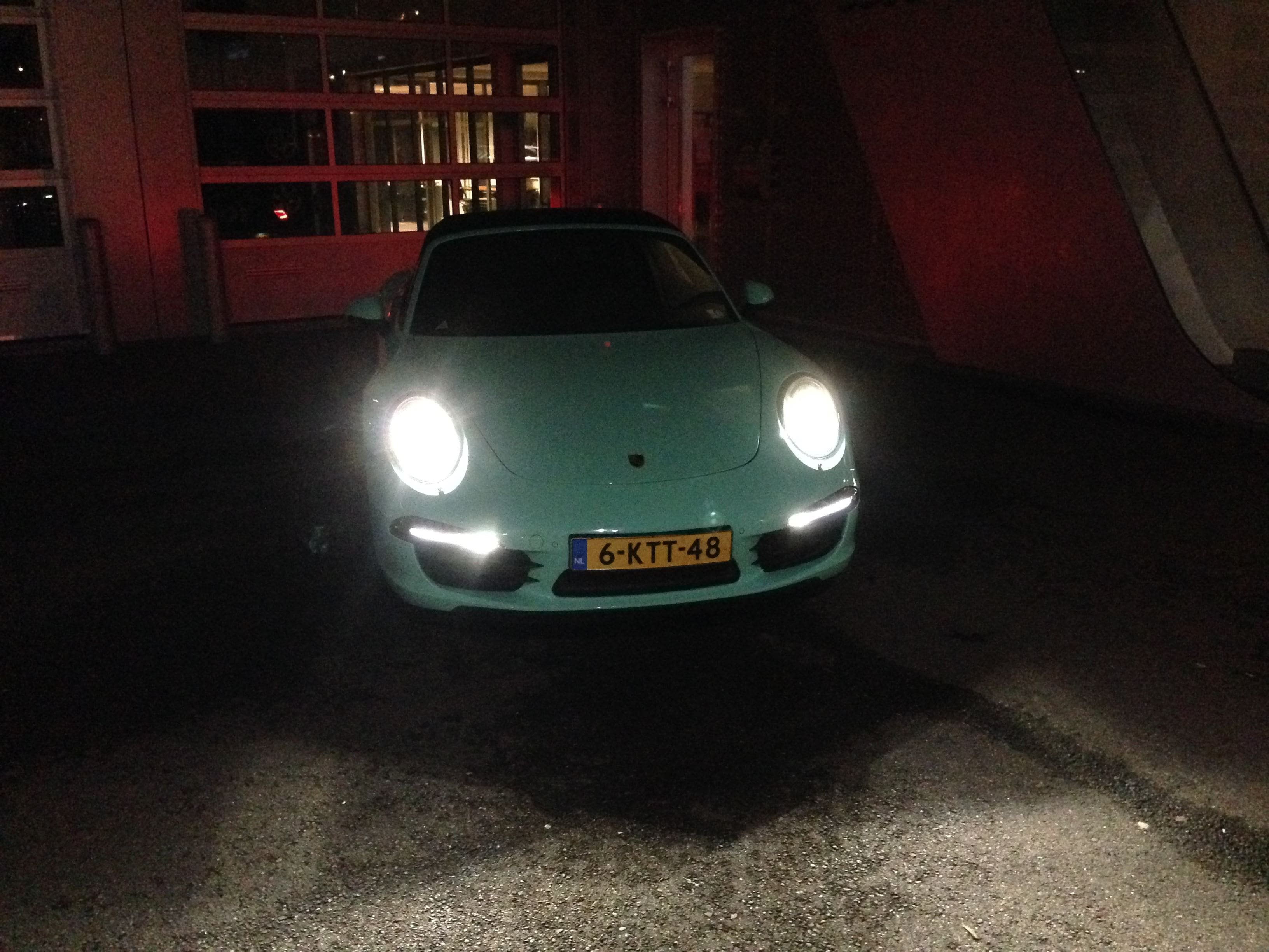 Porsche Carrera Turbo S Cabrio met Mint Green Wrap, Carwrapping door Wrapmyride.nu Foto-nr:6746, ©2021
