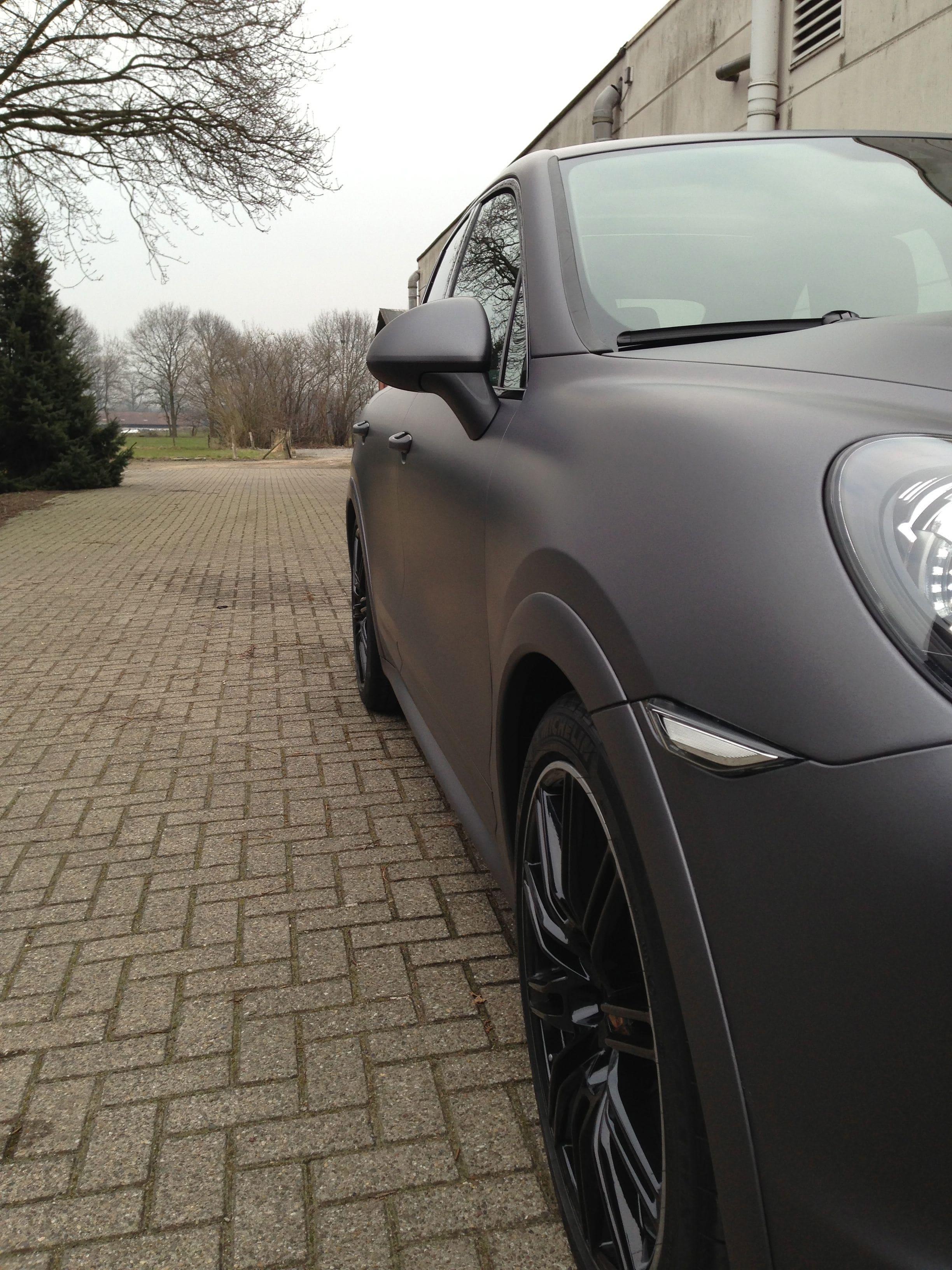 Porsche Cayenne GTS met Gunpowder Wrap, Carwrapping door Wrapmyride.nu Foto-nr:6771, ©2021