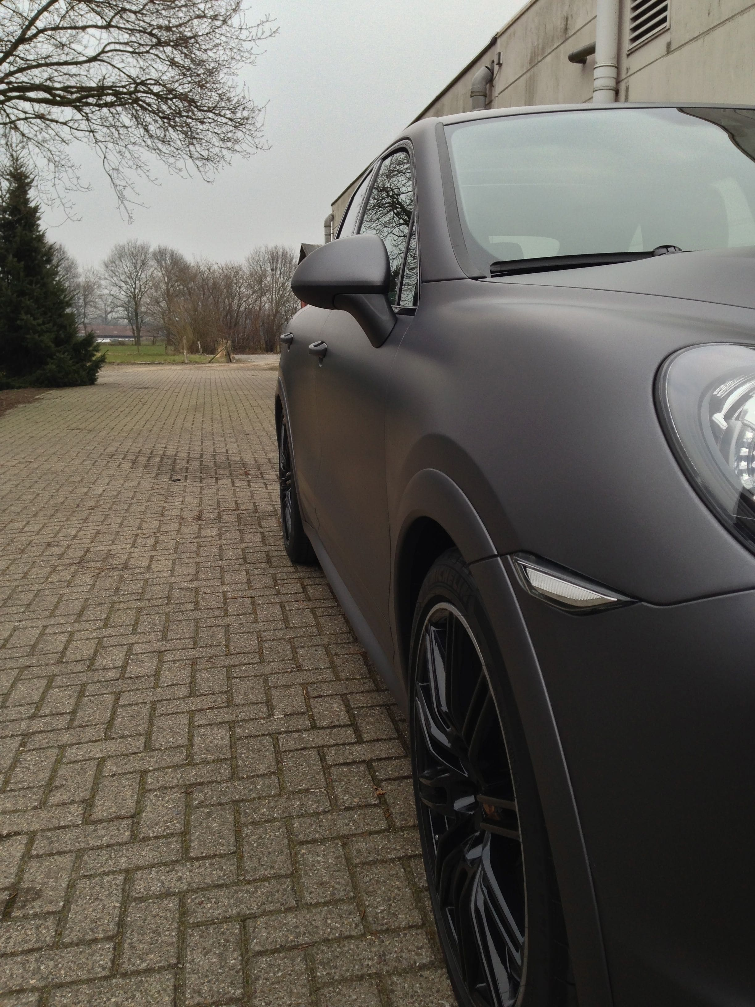 Porsche Cayenne GTS met Gunpowder Wrap, Carwrapping door Wrapmyride.nu Foto-nr:6772, ©2021