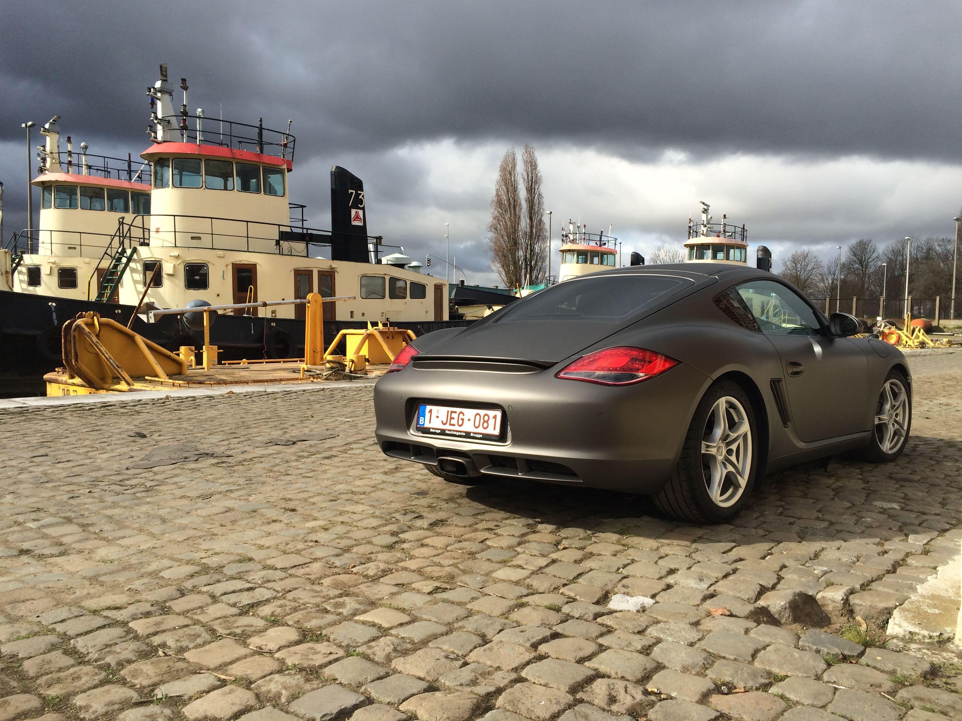 Porsche Cayman met Mat Charcoal Matte Wrap, Carwrapping door Wrapmyride.nu Foto-nr:7089, ©2021
