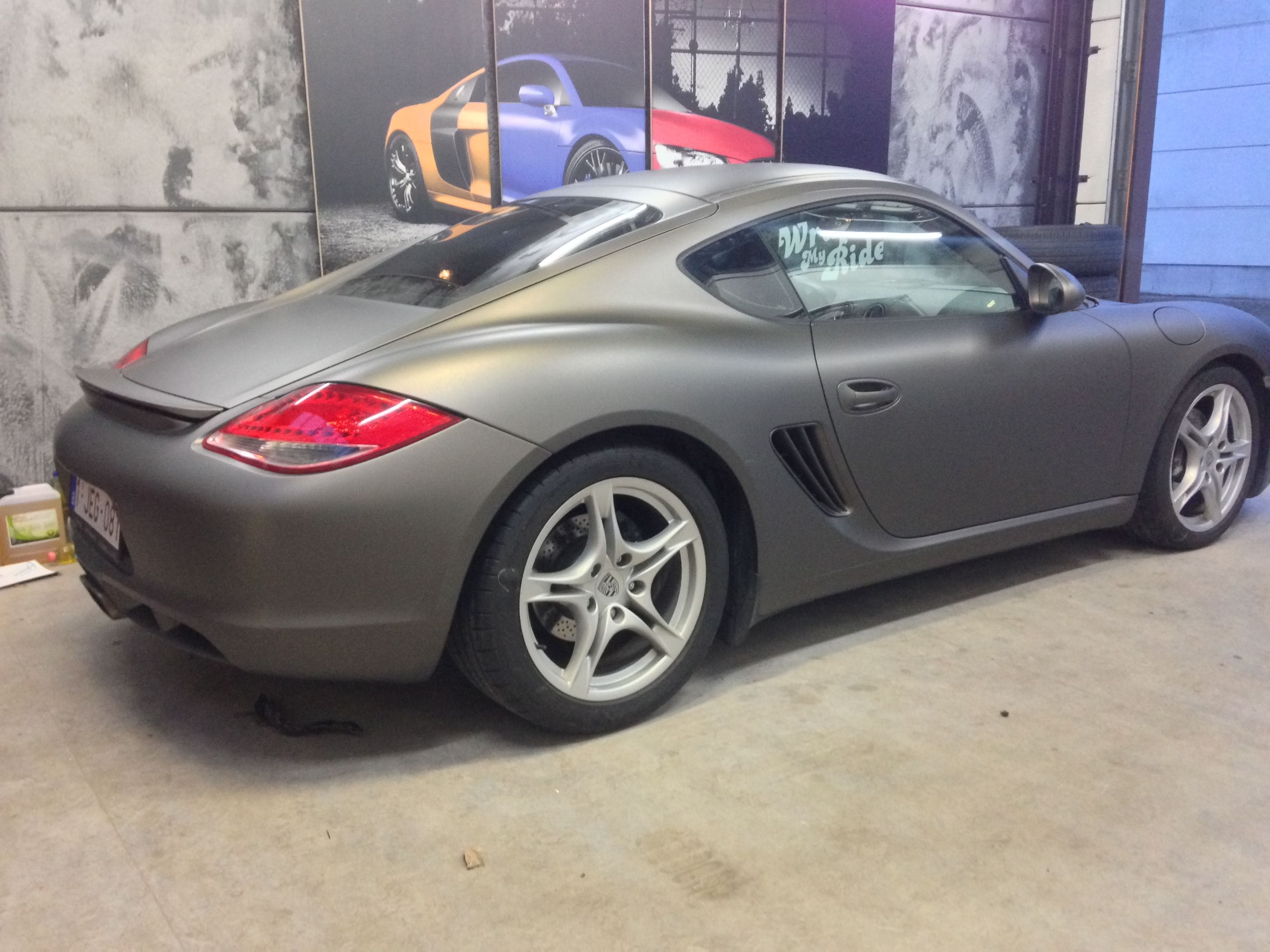 Porsche Cayman met Mat Charcoal Matte Wrap, Carwrapping door Wrapmyride.nu Foto-nr:7090, ©2021