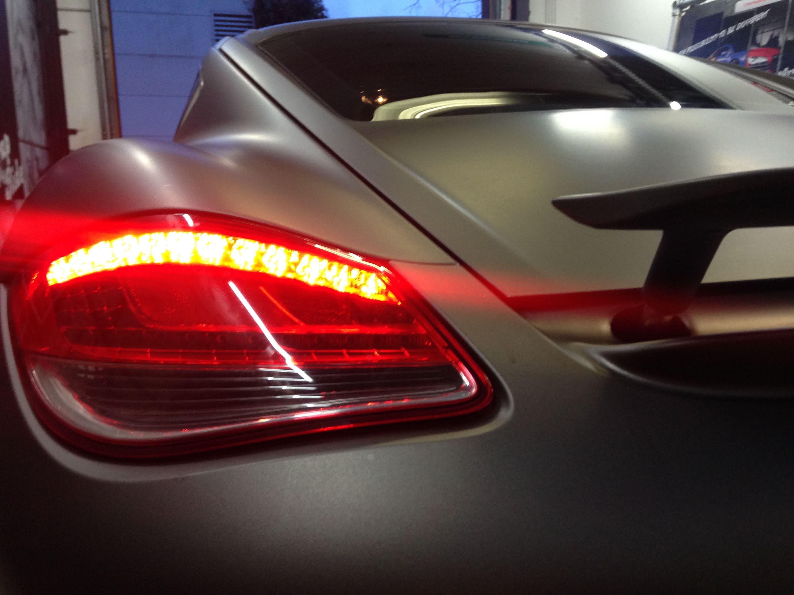 Porsche Cayman met Mat Charcoal Matte Wrap, Carwrapping door Wrapmyride.nu Foto-nr:7099, ©2021