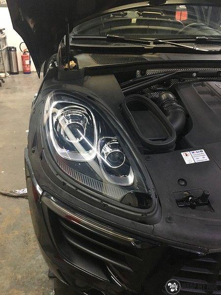 Porsche Macan Carbon accenten, Carwrapping door Wrapmyride.nu Foto-nr:10823, ©2019