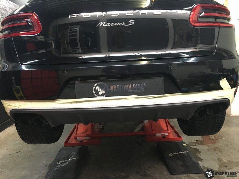 Porsche Macan Carbon accenten, Carwrapping door Wrapmyride.nu Foto-nr:10837, ©2020