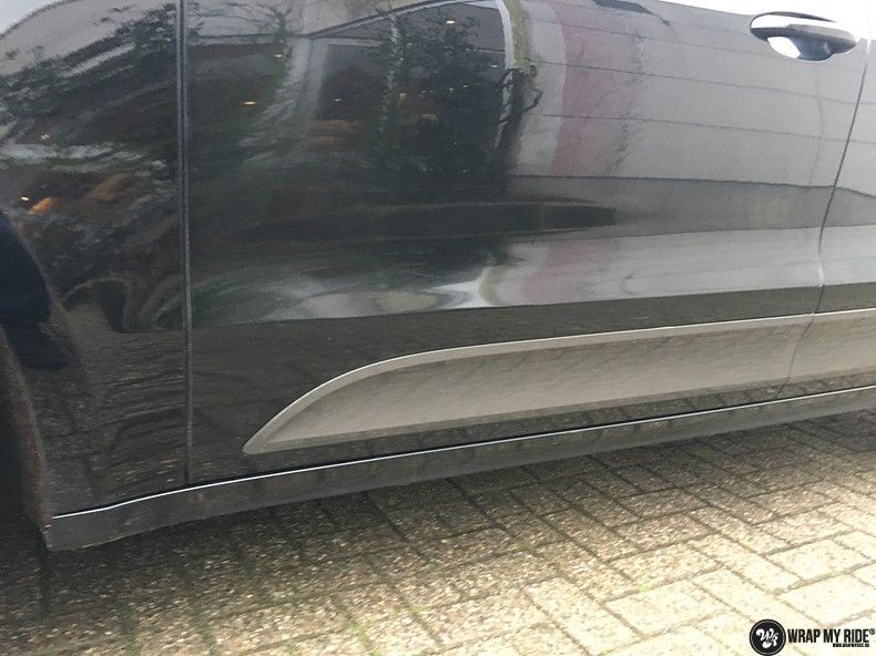Porsche Macan Carbon accenten, Carwrapping door Wrapmyride.nu Foto-nr:10813, ©2019