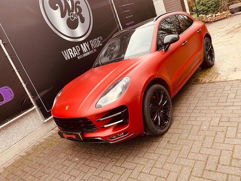 Porsche Macan Satin Vampire Red, Carwrapping door Wrapmyride.nu Foto-nr:12504, ©2019