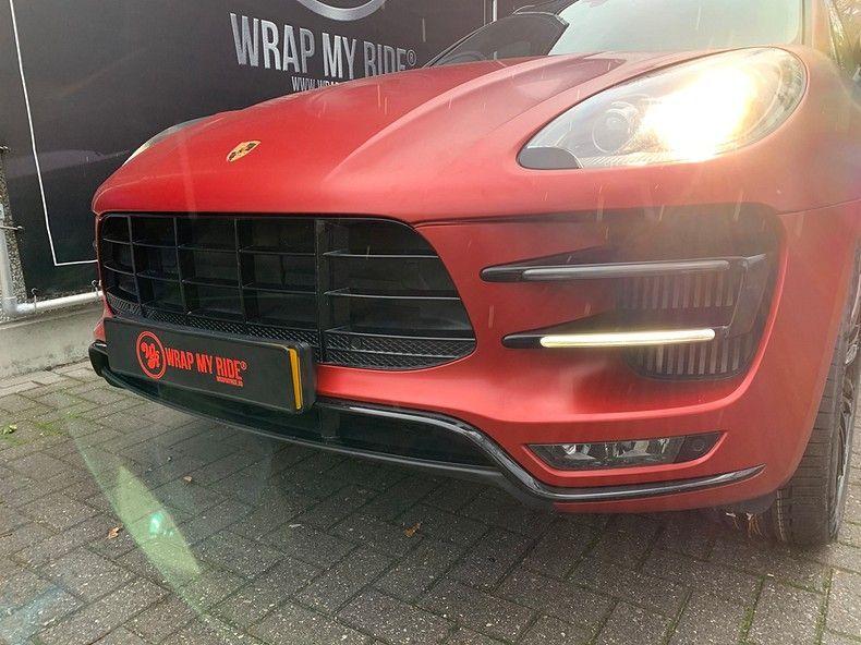 Porsche Macan Satin Vampire Red, Carwrapping door Wrapmyride.nu Foto-nr:12481, ©2019
