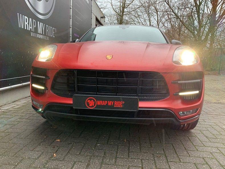 Porsche Macan Satin Vampire Red, Carwrapping door Wrapmyride.nu Foto-nr:12479, ©2019