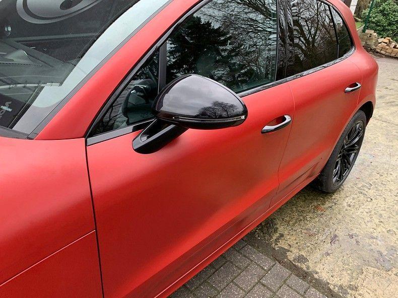 Porsche Macan Satin Vampire Red, Carwrapping door Wrapmyride.nu Foto-nr:12483, ©2019