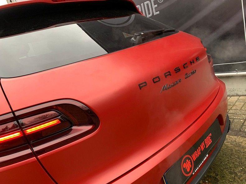 Porsche Macan Satin Vampire Red, Carwrapping door Wrapmyride.nu Foto-nr:12493, ©2019