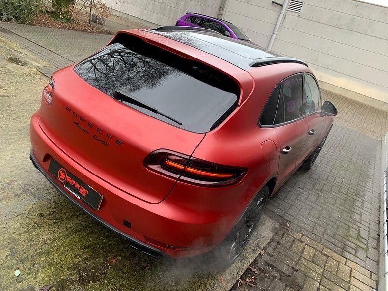 Porsche Macan Satin Vampire Red, Carwrapping door Wrapmyride.nu Foto-nr:12495, ©2019