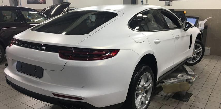 Porsche Panamera 4S Satin Frozen Vanilla