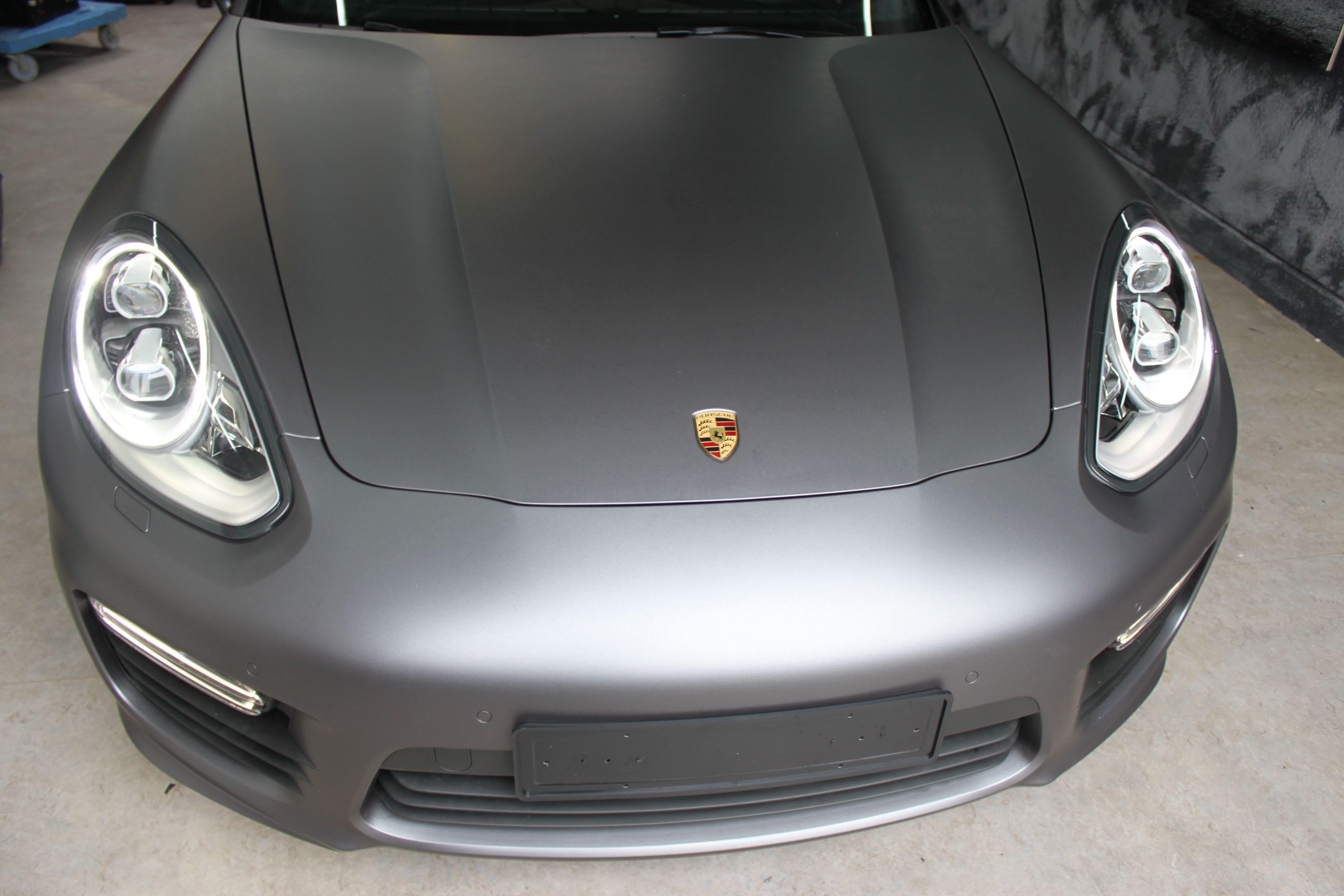 Porsche Panamera GTS Full Wrap in Gunpowder, Carwrapping door Wrapmyride.nu Foto-nr:7109, ©2021