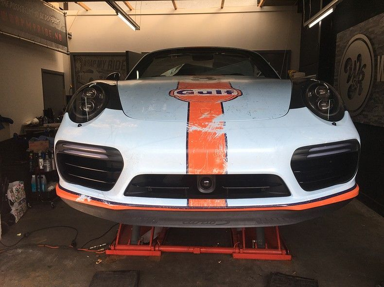 Porsche turbo S gulf weathered Livery, Carwrapping door Wrapmyride.nu Foto-nr:12168, ©2019