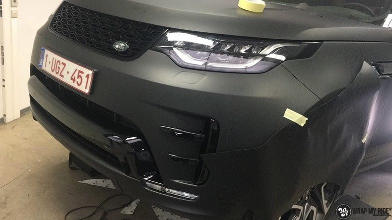 Range Rover Discovery 2018 Osaka, Carwrapping door Wrapmyride.nu Foto-nr:11446, ©2018
