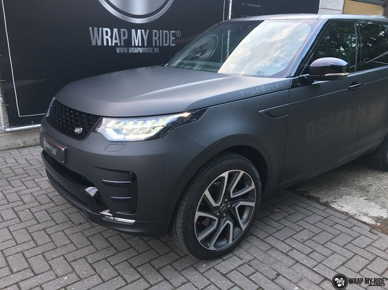 Range Rover Discovery 2018 Osaka, Carwrapping door Wrapmyride.nu Foto-nr:11436, ©2018