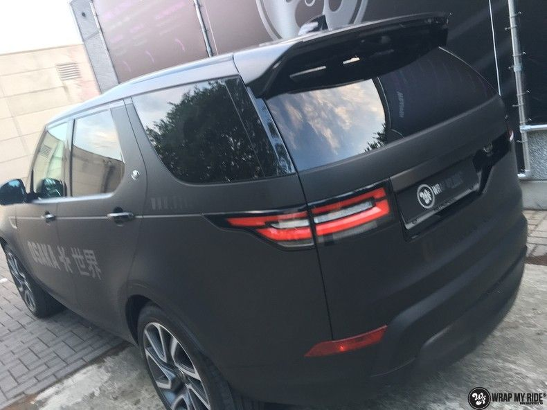 Range Rover Discovery 2018 Osaka, Carwrapping door Wrapmyride.nu Foto-nr:11418, ©2018