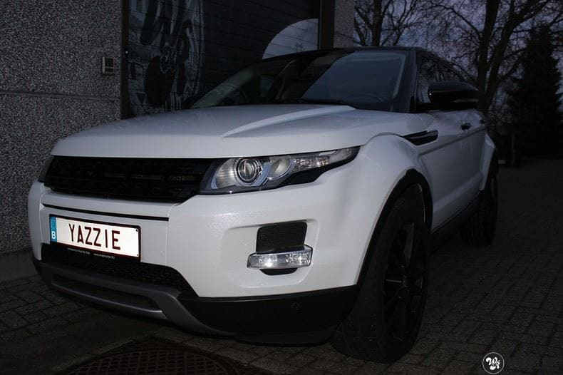 Range Rover Evoque Avery White Diamond, Carwrapping door Wrapmyride.nu Foto-nr:9822, ©2021