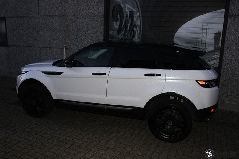 Range Rover Evoque Avery White Diamond, Carwrapping door Wrapmyride.nu Foto-nr:9816, ©2021
